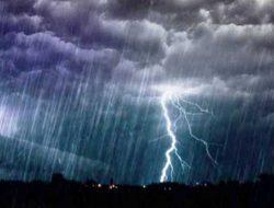 Sabtu Besok: Bengkulu, Jambi, Pontianak, dan Banjarmasin Hujan Lebat Disertai Petir