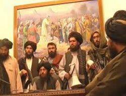 Afghanistan Jatuh ke Tangan Taliban, Presiden Ashraf Ghani Melarikan Diri!
